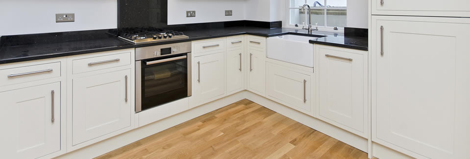 /bespoke-kitchens/pine-by-design-case-studies/handmade-kitchen-white-shaker